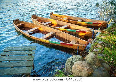 Broken Boats