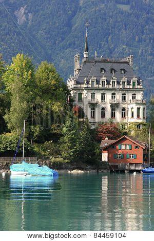 alpine village at Lake Brienz
