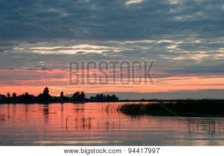 Sunset on the Volkhov river