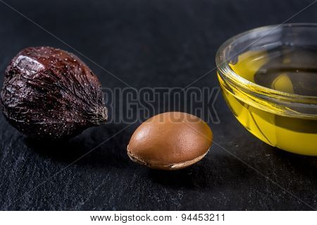 Argan oil with fruit and seed