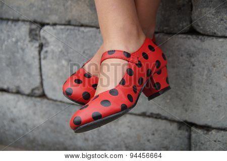 Spanish flamenco dance shoes - crosslegged