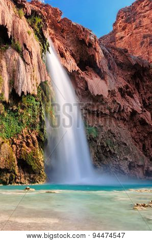 Beautiful blue Havasu Falls, Arizona