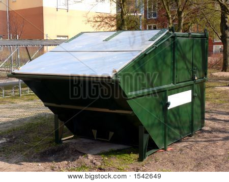 Green Rubbish Skip