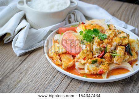 Spicy salad with fried eggs Thai Spicy Food Thai Cuisine Healthy Thai Food