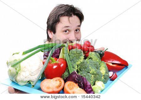 Médico con alimentos saludables