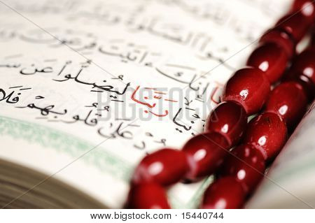 Koran, bead
