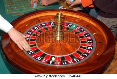 Roulette With A Hand