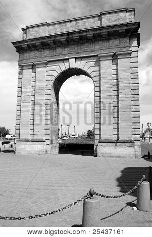 Porte de Bourgogne Bordeaux