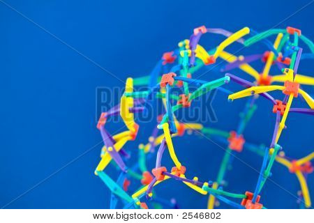 Colorful Interconnected Geometric Structure