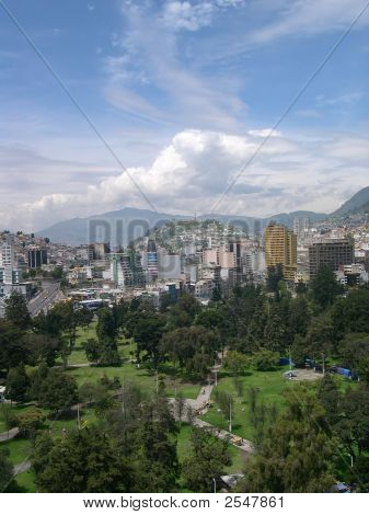 Quito Portrait View
