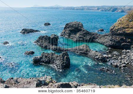 Jungmun Daepo Haean Jusangjeollidae at Jeju Island - The largest pillar rock formation in Korea