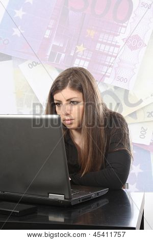 businesswoman working with laptop, business photo