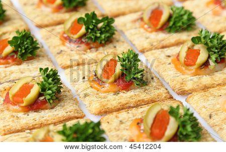 Snacker Crackers