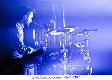 Dragonette In Concert