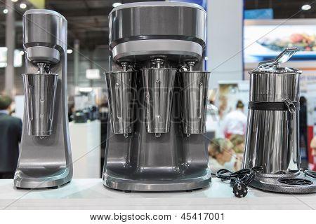 Mixers for making milkshakes