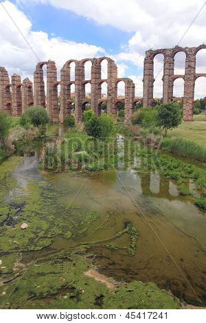 Aquaduct of Merida