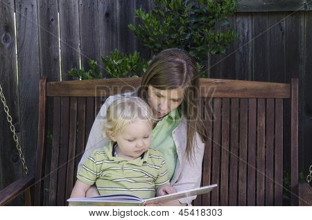 Reading With Mom