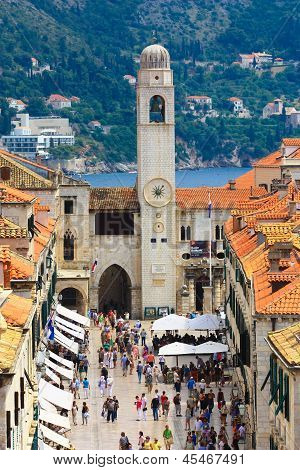 Stradun - main shopping street in Dubrovnik