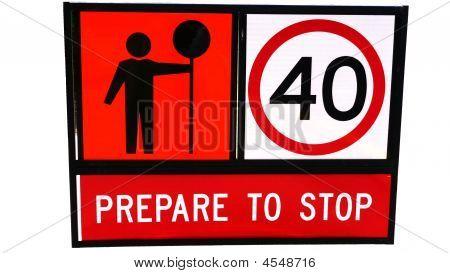 Vorbereiten der Verkehrszeichen stoppen