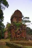 picture of champa  - My son a complex of the Champa architecture in Vietnam - JPG