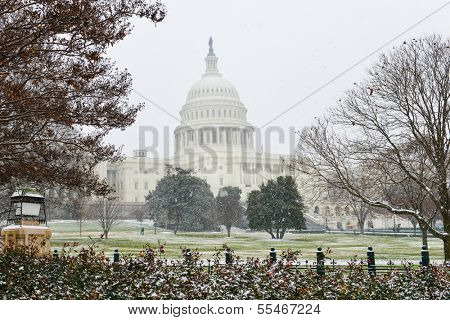 United States Capitol building in snow - Washington DC, United States