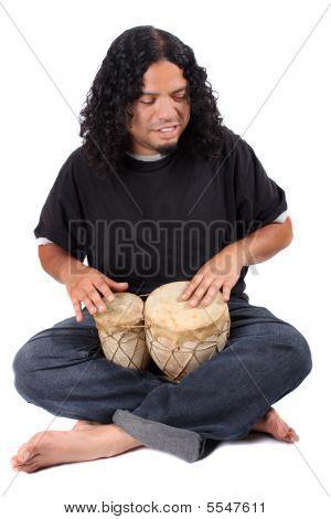ethnische Schlagzeuger