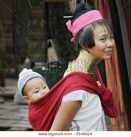 Long Neck Women With A Child