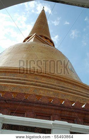 Phra Pathom Chedi Pagoda