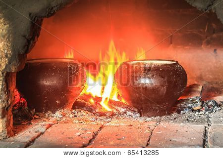 Cooking in the traditional Russian hearth furnace