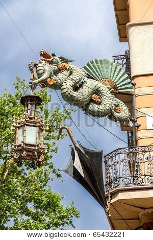 Barcelona, Spain - May 2: Dragon Of Casa Bruno Quadros Or Casa Dels Paraigues May 2, 2014 In Barcelo