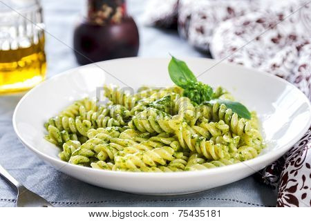 Fusilli In Pesto Sauce