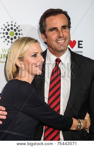NEW YORK, NY - NOVEMBER 05: Lee Woodruff (L) and Bob Woodruff attends 2014 Stand Up For Heroes at Madison Square Garden on November 5, 2014 in New York City.