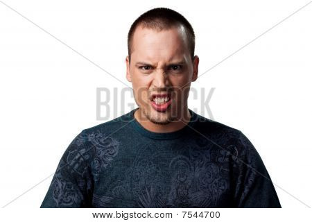 Hombre enojado