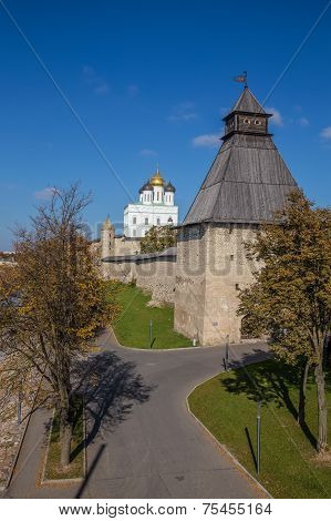 View from the bridge on the Pskov Kremlin in autumn