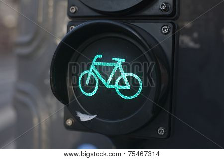 Green light for bicycle lane on a traffic light