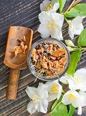 image of jasmine  - jasmin tea in bowl - JPG