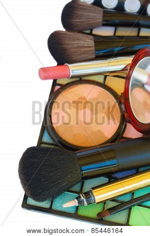 Decorative cosmetics border