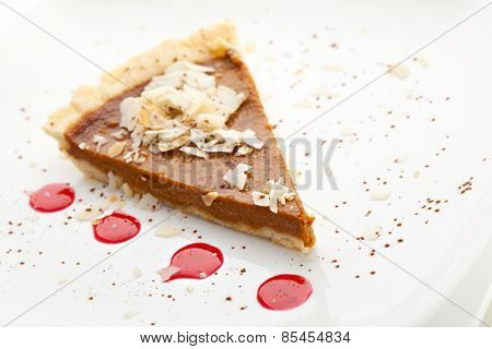 Fresh Pumpkin Pie with Berries Sauce