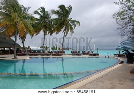 Waterpool At Thulhagiri Island Resort