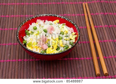 Cantonese rice on bamboo tablecloth