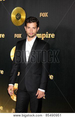 LOS ANGELES - JAN 6:  Rafeal De La Fuente at the FOX TV