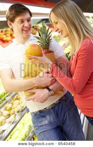 Compra de frutas