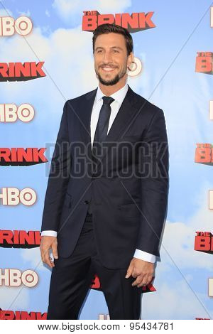 LOS ANGELES - JUN 8: Pablo Schreiber at the Premiere of HBO's 'The Brink' at the Paramount Theater at Paramount Studios on June 8, 2015 in Los Angeles, CA