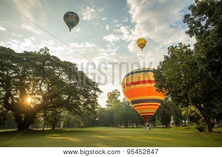 CHIANG MAI, THAILAND - DECEMBER 6, 2014: Hot air balloons ready for realease to the sky at Thailand International Balloon Festival in Chiang Mai on December 6, 2014 in Chiang Mai, Thailand