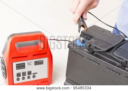 Charging car battery with digital multimeter