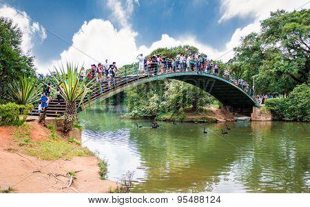 SAO PAULO, Brazil - APRIL 20, 2015: Bridge in Park Ibirapuera on April 20, 2015. in Sao Paulo, Brazil.. The Ibirapuera is one of Latin America largest city parks.