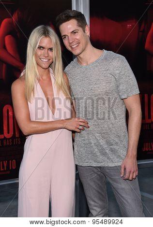 LOS ANGELES - JUL 07:  Lauren Scruggs & Jason Kennedy arrives to the