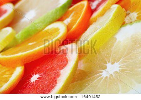Rodajas de frutas cítricas fondo closeup