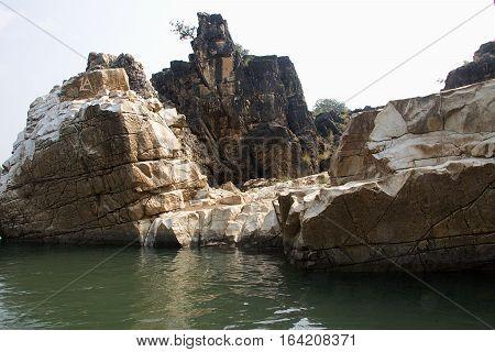 Marble rocks by Boat on River Narmada Bedaghat near Jabalpur Madhya Pradesh India Asia