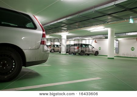 underground parking/garage